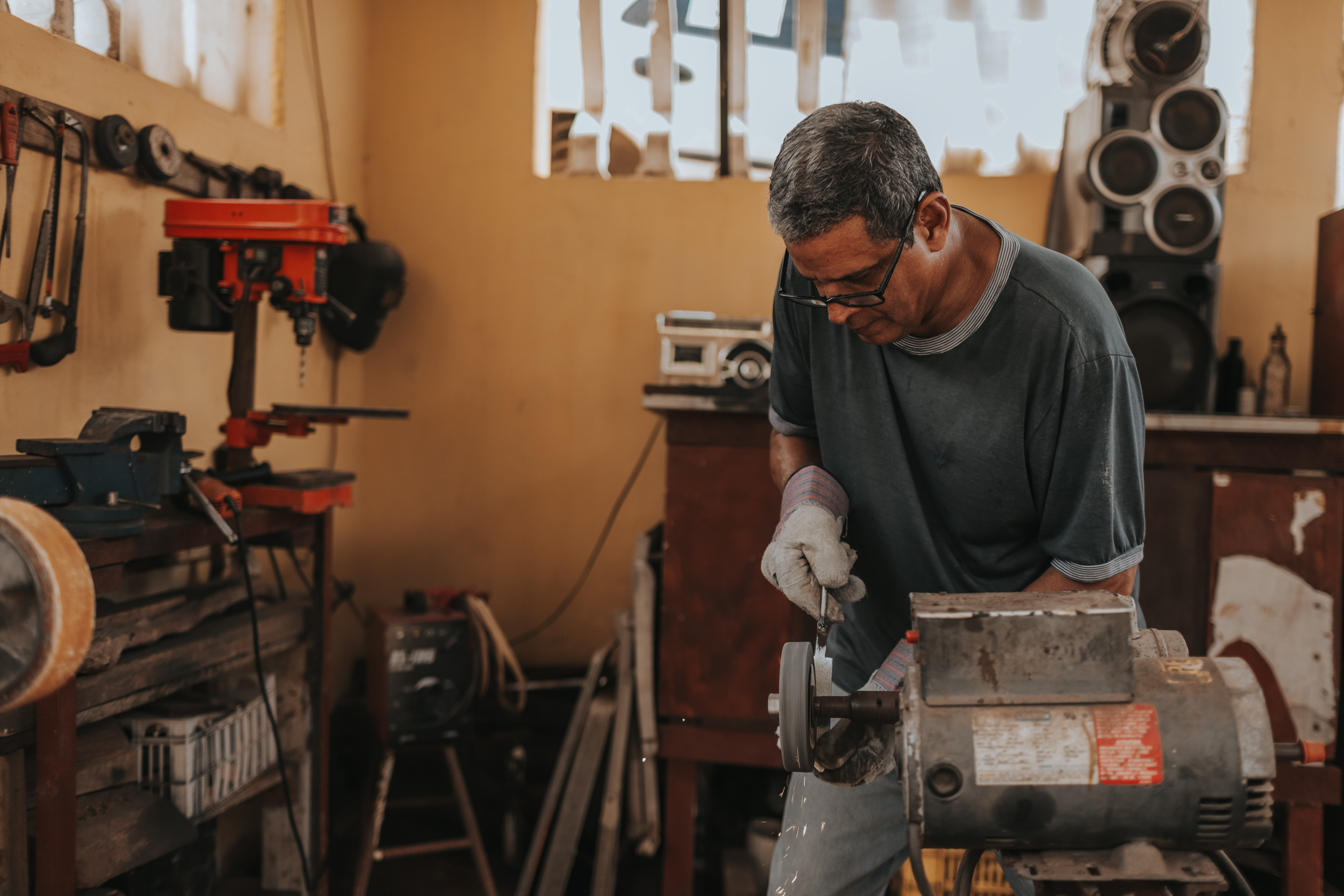 How to Choose the Right Mini Split for Your Workshop